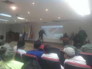 ¿Vestidos y alborotados? Buque Hospital Chino no ha anunciado su llegada al puerto de La Guiara