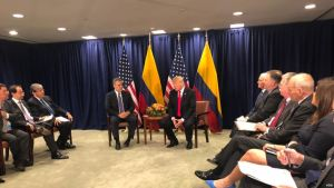 Trump dice que Maduro podría ser derrocado muy rápidamente por militares venezolanos