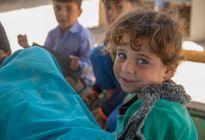 Más de 104 millones de niños y jóvenes no van a la escuela en países en guerra