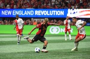 ¡Orgullo! Criollo Josef Martínez aparece en la portada del videojuego FIFA 19 en EEUU (Foto)