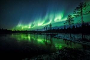 La aurora boreal tiñó de verde el cielo de Finlandia (imágenes)