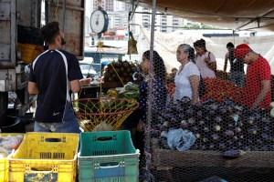 La canasta alimentaria subió a 52.322,32 bolívares en octubre