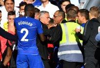 La casi pelea que provocó Mourinho luego del empate del Chelsea vs. Manchester (Video)