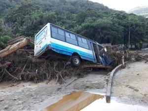 Diputado Juan Guaidó denuncia que el gobernador García Carneiro no atiende lo ocurrido por las lluvias en Vargas