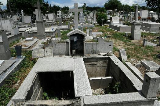 Comisión del Cicpc realizó hallazgo de 14 cadáveres en fosa común en cementerio de Aragua