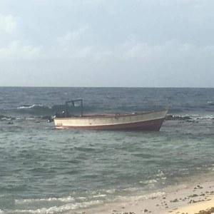 Denuncian que varias personas fallecieron tras naufragio de embarcación falconiana en costas de Aruba