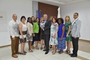 Estados Unidos invierte en el turismo de República Dominicana