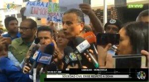 Protestan frente a la Fiscalía para exigir la renuncia de Tarek William Saab #18Oct