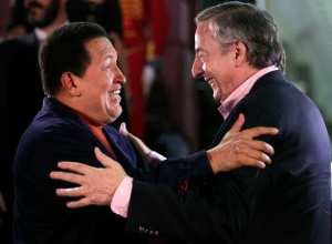 """Néstor Kirchner: """"Pedazo de pelotudo, decile a ese (Chávez) que los mande (millones de dólares) inmediatamente"""""""
