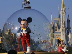 La entrada a los parques de Disney costará más