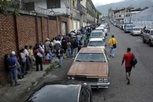 En la Venezuela petrolera, la falta de gasolina es el nuevo dolor de cabeza (FOTOS)