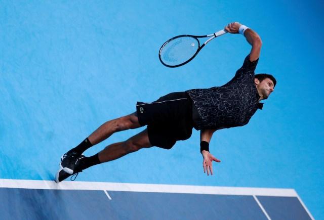 Djokovic avanza en ATP Finals tras ganar a Zverev, Cilic aún busca lugar en semis