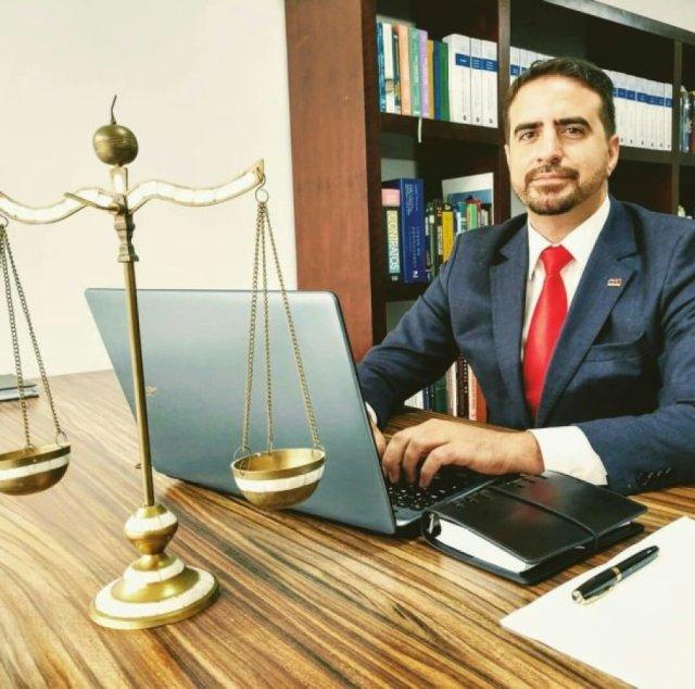 El abogado André Santana Correa
