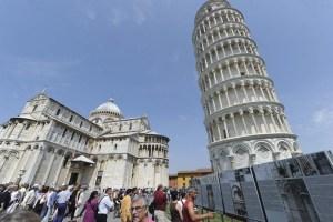 Italia frena la caída de la Torre de Pisa