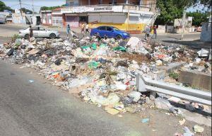 Dirigencia de UNT acompañó protestas por agua y crisis de servicios en San Jacinto y Marcial Hernández
