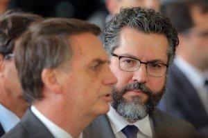 Bolsonaro nombró al diplomático Ernesto Araújo como ministro de Relaciones Exteriores