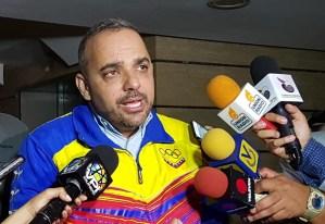 Diputado Manuel Teixeira llama al gobierno a tomar medidas serias que rectifiquen el modelo económico