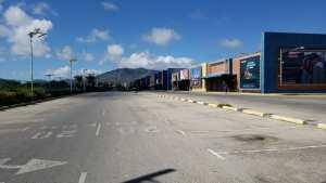 A 42 días de la noche buena así se aprecia el Centro Comercial Sambil de Margarita (fotos y video)