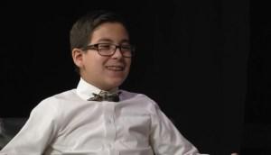 Niño de 11 años ya acabó la universidad, ahora intenta probar que Dios existe