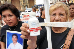 Demandas millonarias a Panamá por envenenamiento masivo con un jarabe