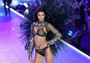 Por qué no habrá modelos transgénero ni de tallas grandes en los desfiles de Victoria's Secret