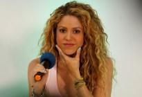 """""""Parece una vaca"""" Atacan a Shakira por unas fotografías donde luce unos kilos de más"""