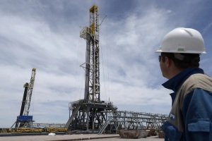 Argentina busca atraer USD 5 mil millones en inversiones para impulsar la producción de gas de lutitas