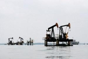 En el lago y en tierra: Se apaga la producción petrolera en el estado Zulia