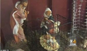 La iglesia que despertó controversia por poner al niños Jesús en una jaula