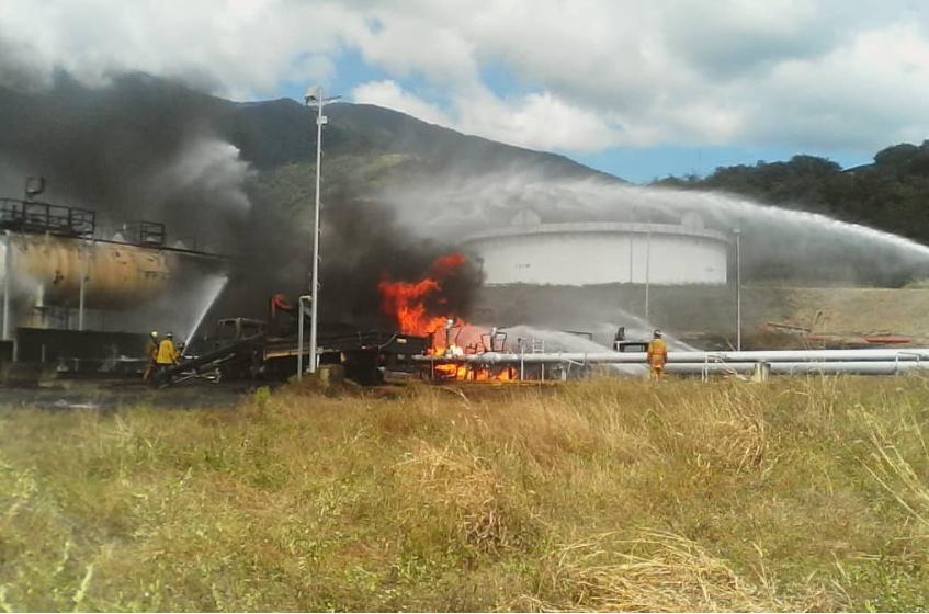 Dos fallecidos y siete heridos tras incendio en llenadero de Pdvsa en Guatire #13Dic (Fotos y videos)