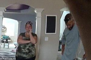 """¡Desalmado psicópata!… el VIDEO del """"Monstruo de Denver"""" dándole un tour a la policía como si nada pasara después de los asesinatos"""