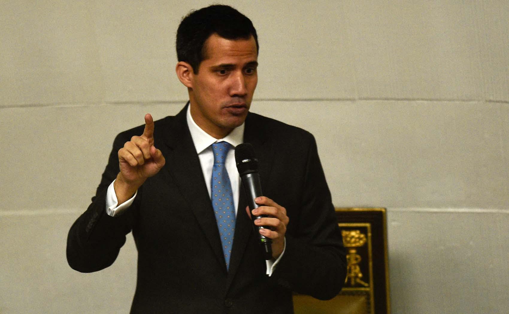 Guaidó: Nos vemos mañana en cada espacio de Venezuela, porque vamos a echar al tirano