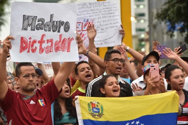 Venezolanos protestaron contra Maduro en varias ciudades del mundo (FOTOS)