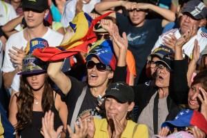 Venezuela sale a la calle para exigir a Maduro el cese de la usurpación del poder #23Ene