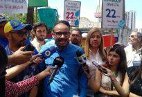 Maduro busca frenar con represión las protestas en barrios de Caracas
