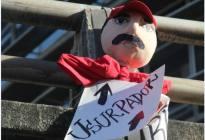 Mejores muñecos y pancartas en contra de Maduro este #23E