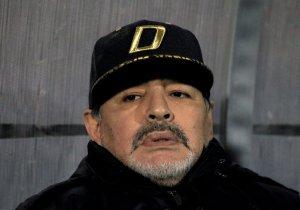 Maradona fue intervenido por sangrado en el estómago