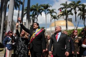 Alto funcionario de EEUU confirma contactos con círculos de confianza de Maduro, según VOA