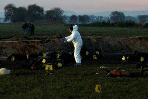 Sube a 66 cifra de muertos por explosión de ducto de combustible en México (Fotos)