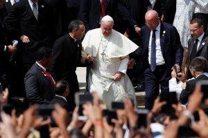 El Papa cierra viaje a Panamá con misa y visita a portadores de VIH