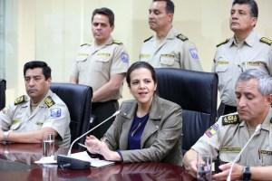 Ministra de Ecuador: El feminicidio se cometió mientras la policía estaba ahí y tenía la obligación de actuar