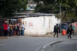 GNB borra material de equipos de prensa que cubrían protesta en Cotiza