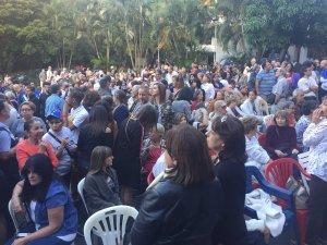 Con el Himno Nacional, caraqueños recibieron a Juan Guaidó en Cabildo Abierto este #16Ene (Video)