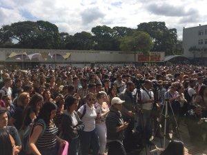 Estudiantes realizan cabildo abierto en la UCV #21Ene