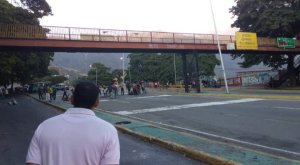 A cuadras del TSJ: Caraqueños protestaron contra Maduro (Videos)