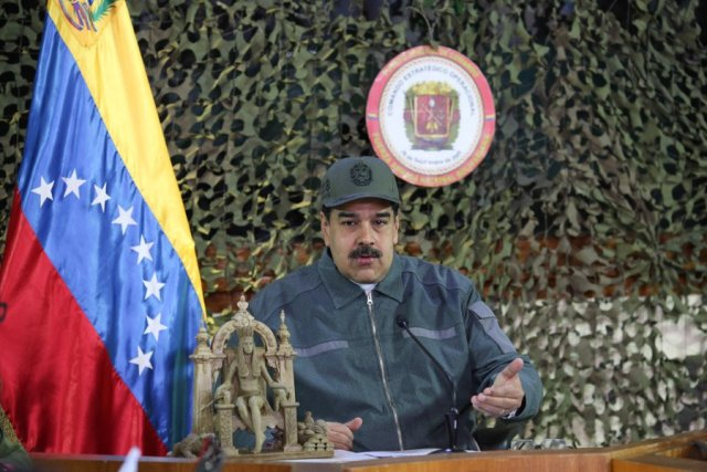 Maduro se disfraza de militar, mientras la AN debate ley de amnistía para miembros de las Fuerzas Armadas (FOTO)
