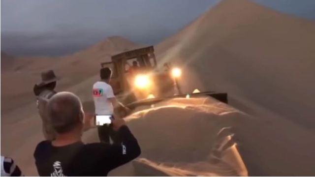 Su camión sevolcó y pasaron la noche en el desierto: La aventura del Rally Dakar en su máxima expresión