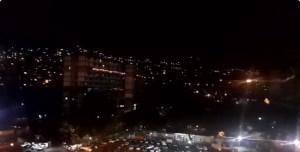 Por segunda noche consecutiva, los caraqueños salen a cacerolazo (Videos) #22Ene