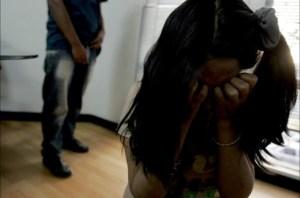 """¡Aberrante! Este curandero violó a su hija menor durante 9 años para """"sacarle los demonios"""""""