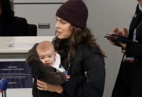 Captan por primera vez el rostro del bebé de Carlota Casiraghi